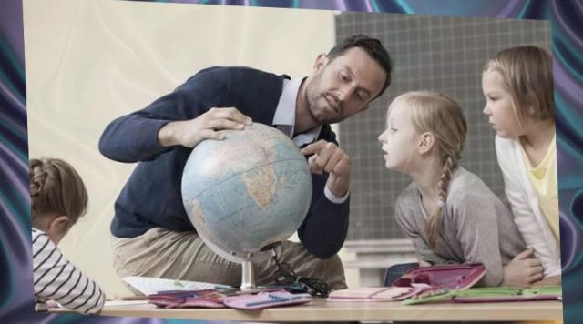 Неужели учителям нечего показать, кроме купальника?. Люди, Наука и образование, Хобби
