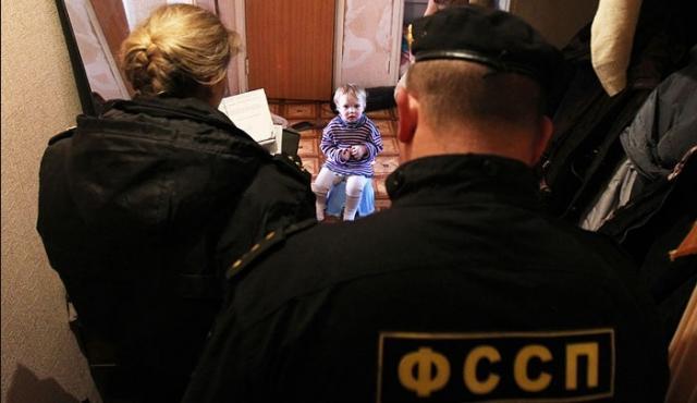 11 тысяч детей отобрали в 2013-2015 гг.. Закон, Семья и дети