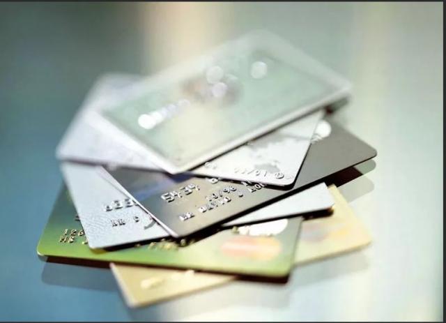 Преимущества и недостатки платежных карт.. Интернет, IT, Экономика и бизнес